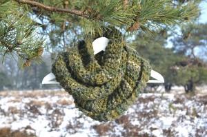 ronde sjaal mosgroen